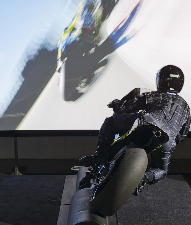 Simulateur Moto GP - Une immersion au coeur d'un Grand Prix filmé en caméra embarquée